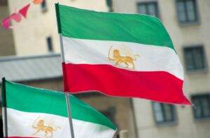 Iranian_flags